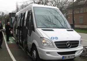 Primăria Timişoara achiziţionează 20 de minibus-uri şi cere studiu pentru schimbarea unor trasee învechite