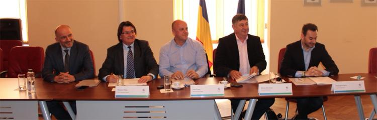 Primarii reședințelor de județ din Regiunea Vest au semnat acordurile prin care vor selecta proiectele pentru dezvoltare urbană care vor fi depuse spre finanțare în cadrul Regio-POR