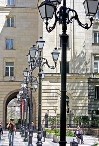 Kronemag Millenium prezintă produsul lunii aprilie 2017: stâlpii de iluminat exterior