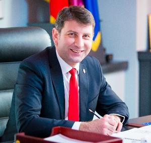 Primarul Lucian Micu a prezentat raportul de activitate al Primăriei municipiului Roman pentru anul 2018