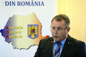 Mădălin Teodosescu, președinte AOR: Când depinzi de pixul unui șef de Consiliu Județean, e greu să te dezvolți ca oraș mic