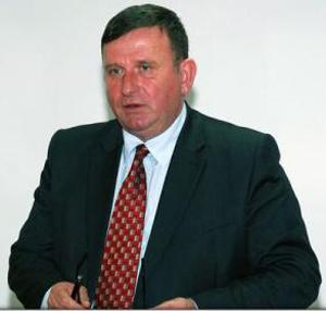 Primarul de Vaslui amenință că desfiinţează Poliţia Locală