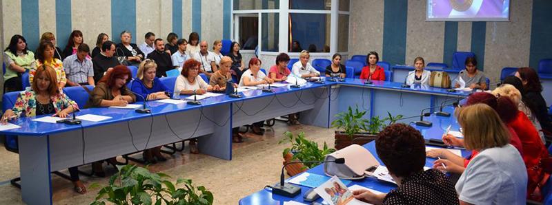 Primăria municipiului Roman facilitează modernizarea unităților locale de învățământ