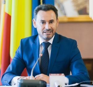 Gheorghe Falcă şi-a anunţat demisia de la Primăria Aradului, pentru a-şi prelua mandatul de eurodeputat Arad