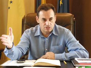 Gheorghe Falcă: Trebuie să existe o lege a achiziţiilor mult mai simplă