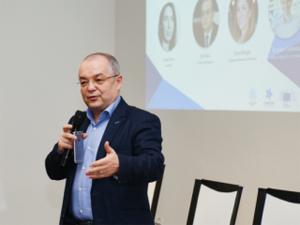 Primul funcţionar public virtual din România a fost pus în funcţiune la Primăria Cluj-Napoca