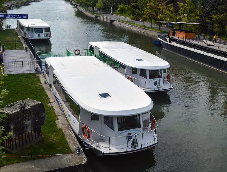 Timişoara a devenit primul oraş din România cu transport public în comun pe apă