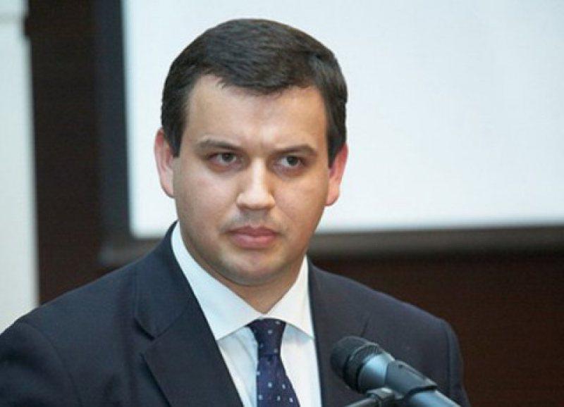 Eugen Tomac anunţă că PMP a strâns un milion de semnături pentru alegerea primarului în două tururi de scrutin