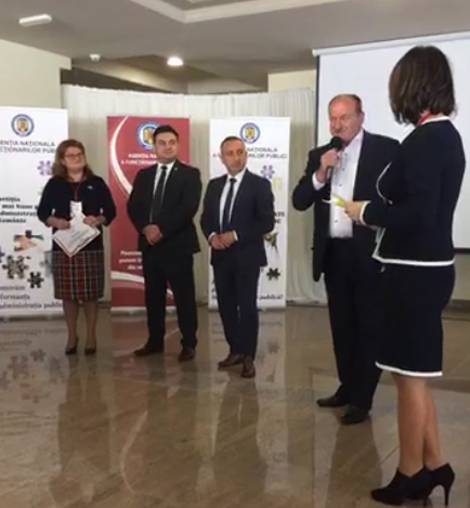 Inovaţia şi calitatea din administraţie au fost premiate de Agenţia Naţională a Funcţionarilor Publici