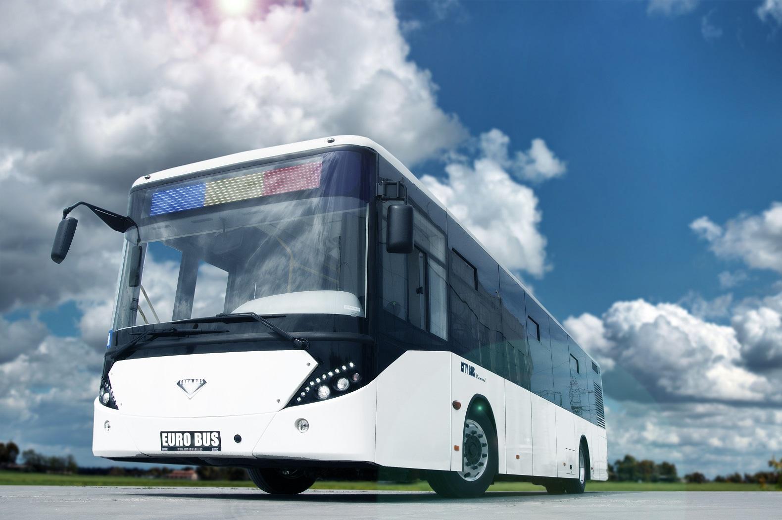 Primăria Sibiu a cumpărat zece autobuze noi care vor intra în circulaţie până la vară