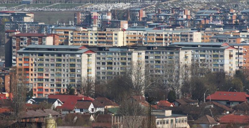 Peste o mie de apartamente din municipiul Hunedoara vor fi reabilitate termic