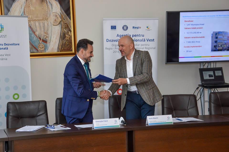 Nouă blocuri din municipiul Arad vor fi reabilitate termic cu fonduri europene