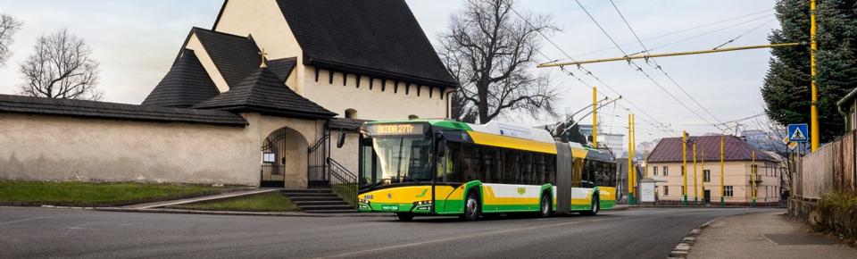 Primele troleibuze hibride vor circula în municipiul Braşov în cel mult un an