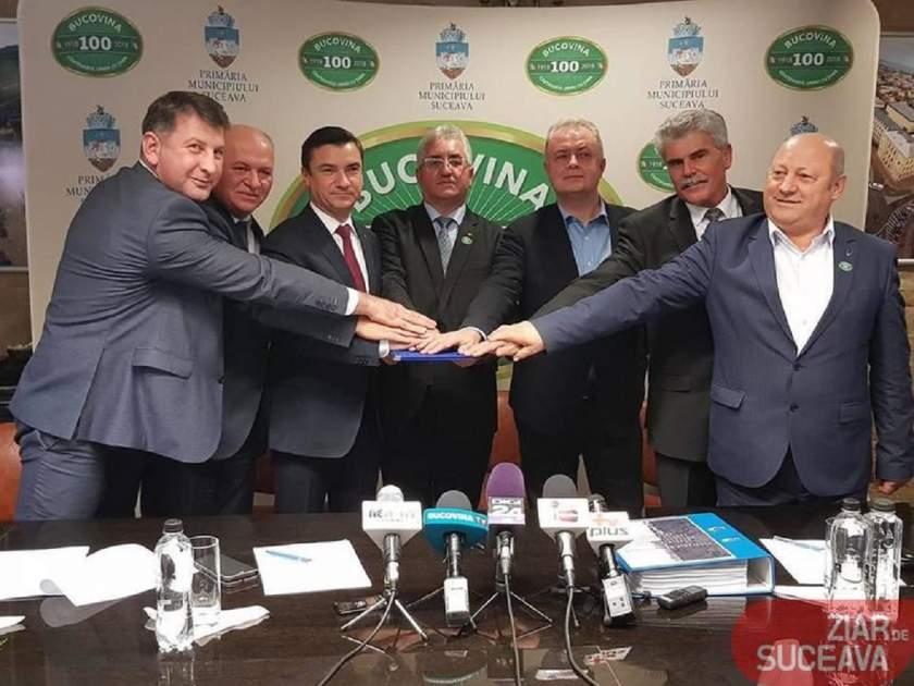 """Primarii a şapte municipii din nord-est au semnat statutul şi actul constitutiv al Asociaţiei """"Moldova se dezvoltă"""""""