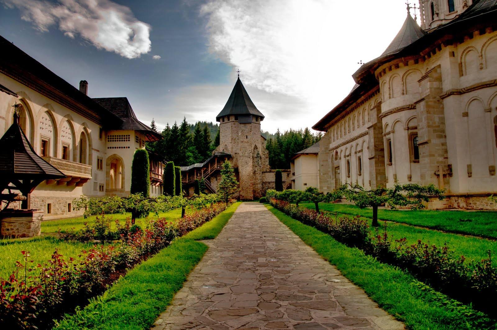 Suceava şi Bucovina ar putea fi promovate ca destinaţii turistice în China, după modelul Croaţiei