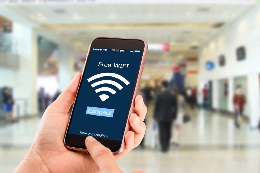 142 de municipalităţi din România vor primi vouchere pentru a oferi acces gratuit la internet Wi-Fi
