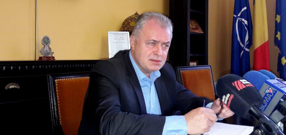 Primarul Botoşaniului a semnat un contract de 91 milioane de lei pentru modernizarea sistemului de transport public cu tramvaiul