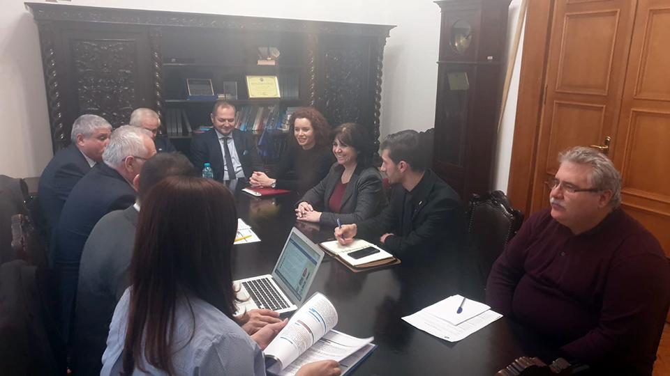 Ministrul Educației a avut o întâlnire cu o delegaţie de primari