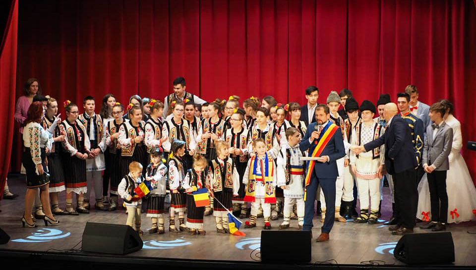 Primăria municipiului Moinești a sărbătorit pe 24 ianuarie Unirea Principatelor Române