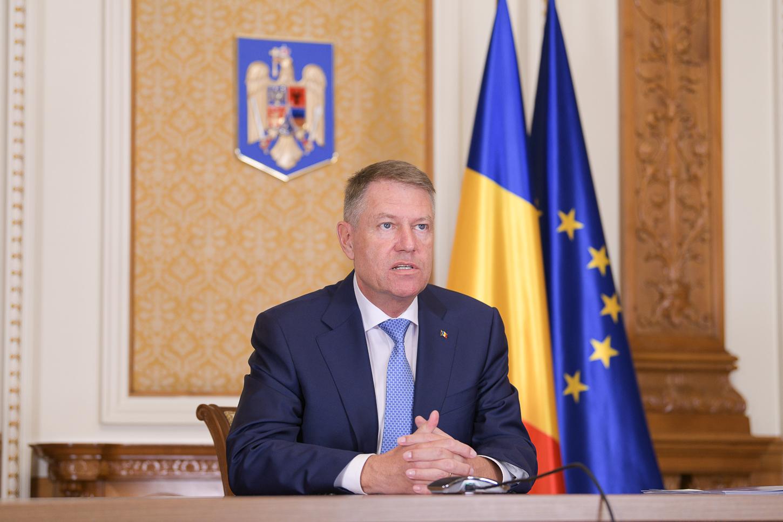 Klaus Iohannis, mesaj pentru prefecţi şi şefii instituţiilor deconcentrate: Vă rog să fiţi activi; situaţia este gravă