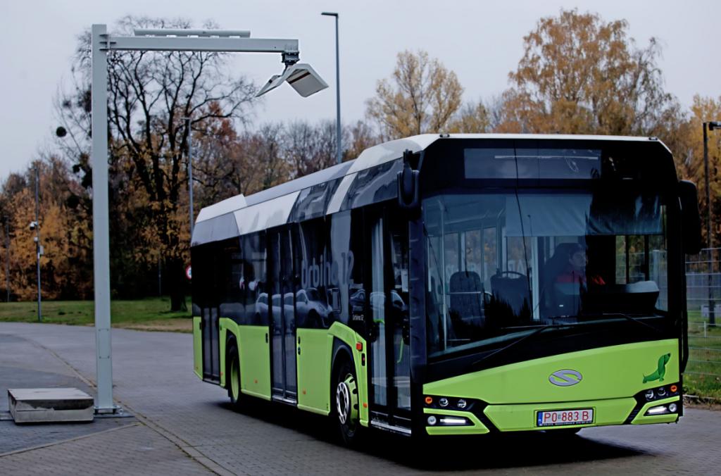 Firma poloneză Solaris a câştigat licitaţia de 57,5 milioane lei pentru 16 autobuze electrice la Craiova