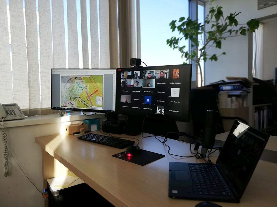 Şedinţă a Comisiei de Urbanism a CJ Cluj organizată online, în premieră naţională