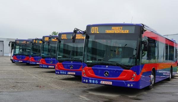 Autobuze noi achiziţionate de societatea de transport din Oradea printr-un  proiect transfrontalier cu finanţare europeană