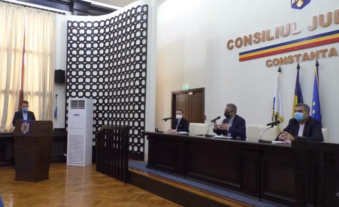 Primăria Constanţa vrea să achiziţioneze cu fonduri europene echipamente IT pentru şcoli în valoare de peste 50 milioane lei