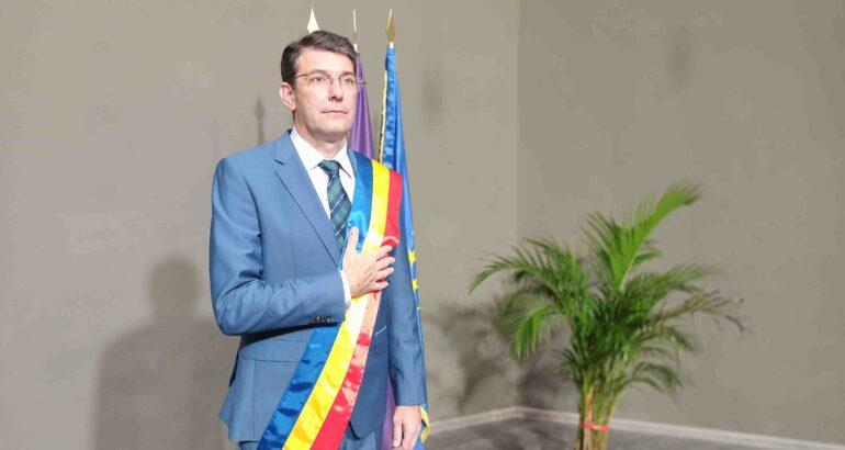 Leonard Achiriloaei a fost învestit în funcția de primar al Romanului