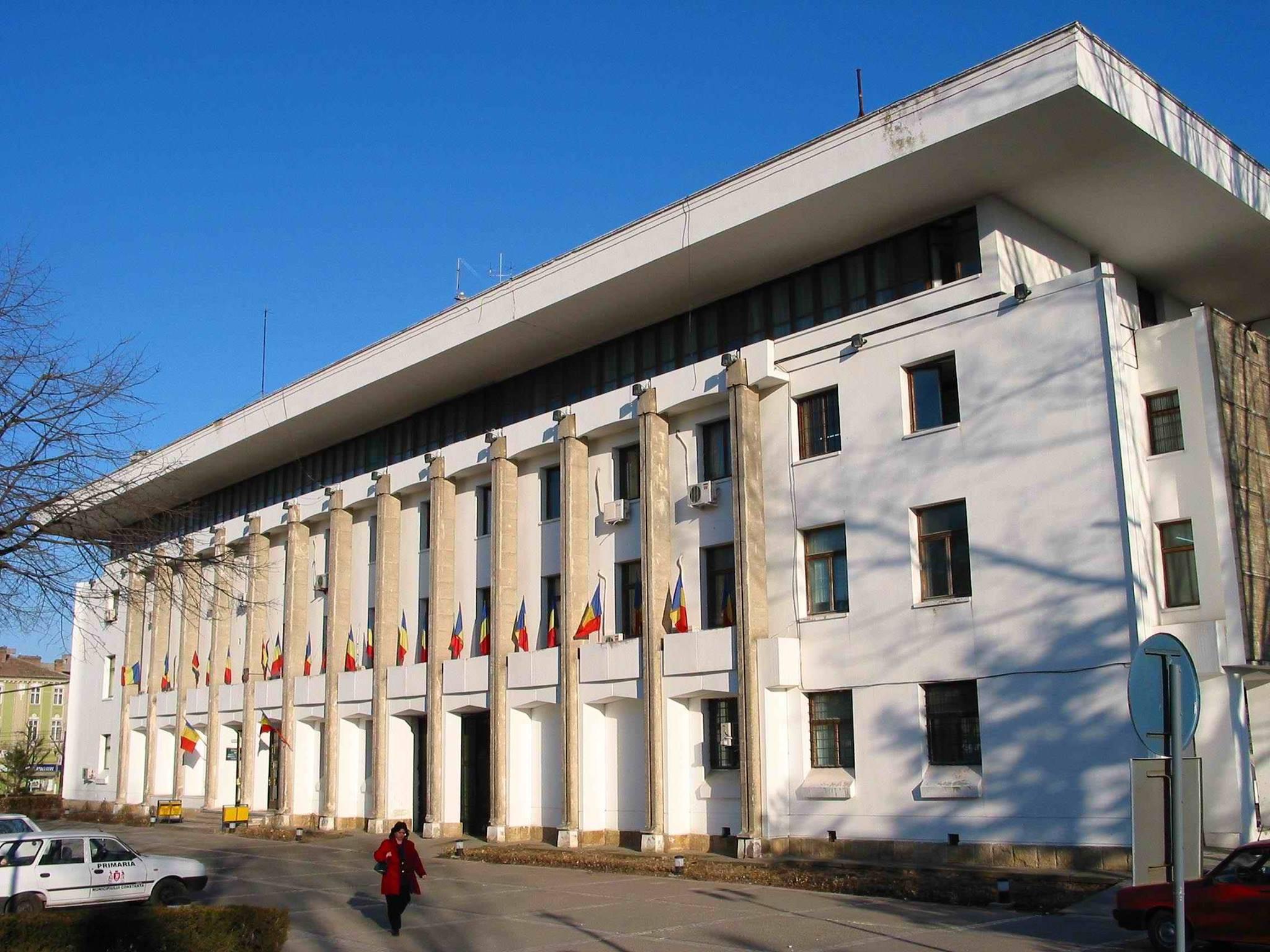 Consilierii municipiului Constanţa au aprobat numărul şi cuantumul burselor şcolare