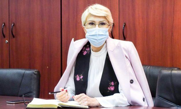 Raluca Turcan: Persoanele care cumulează pensia cu salariul, vor fi obligate să opteze pentru unul dintre drepturi în 30 de zile