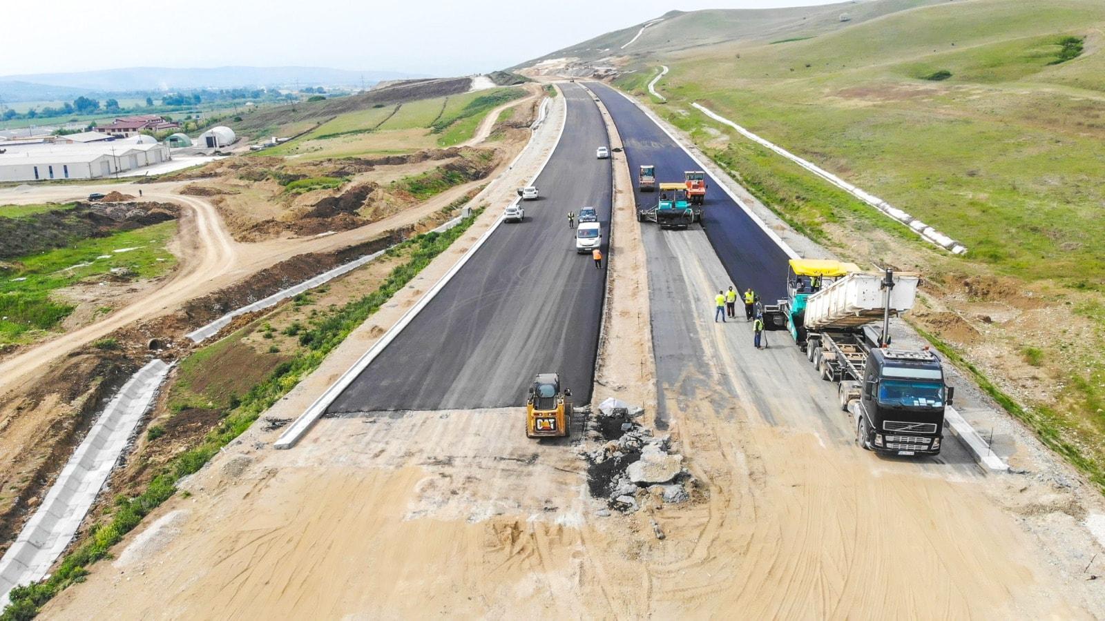 Modernizarea infrastructurii rutiere şi aeriene, principala preocupare a CJ Maramureş în 2021
