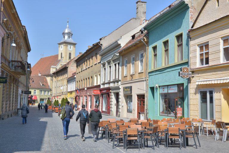 Primarul Braşovului vrea înfiinţarea unei fundaţii a municipalităţii pentru reabilitarea clădirilor monumente istorice