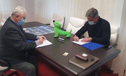 Primarul municipiului Suceava a semnat contractul pentru 15 autobuze electrice, în valoare de peste 10 milioane de euro