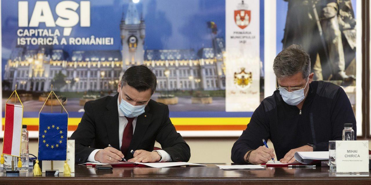A fost semnat contractul pentru achiziţia a 20 de autobuze electrice în municipiul Iași