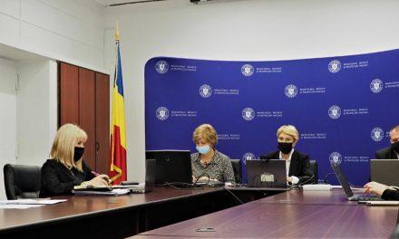 Raluca Turcan: Consiliile judeţene trebuie să finalizeze până la sfârşitul anului planurile de reorganizare a centrelor cu peste 50 de adulţi cu dizabilităţi
