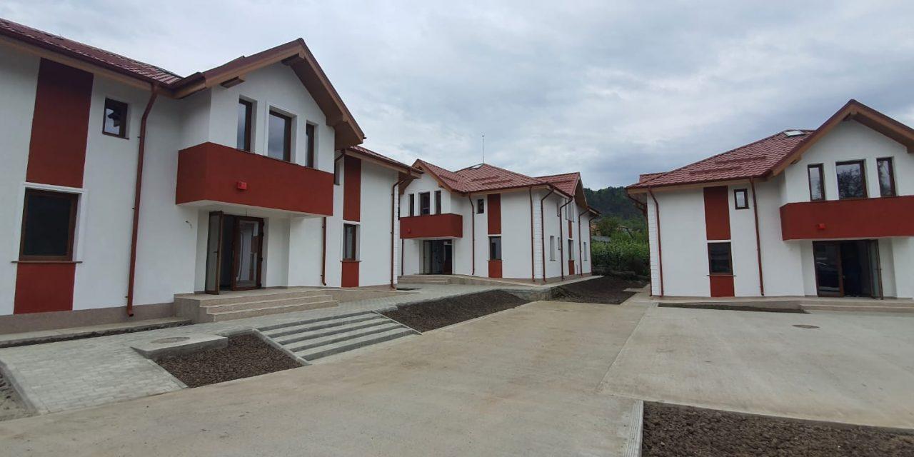"""Proiectul """"Infrastructură Socială Comunitară pentru Persoane Adulte cu Dizabilități"""", din municipiul Moinești, este aproape de finalizare"""