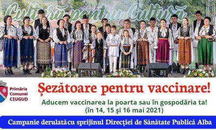 """""""Vaccinare la poarta ta"""" şi """"Şezătoare pentru vaccinare"""", acţiuni pilot testate în comuna Ciugud"""