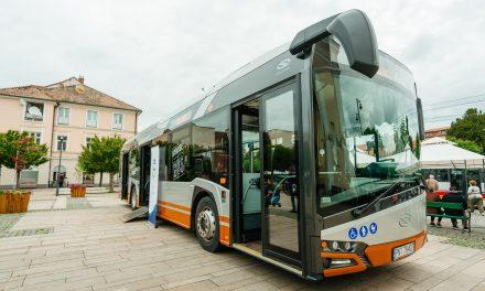 Contract de 81,9 milioane de lei pentru 32 de autobuze electrice şi 42 de staţii de încărcare, la Târgu Mureş