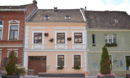 Primăria Braşov va acorda finanţare de 50% – 100% pentru lucrările de reabilitare a faţadelor imobilelor din oraş