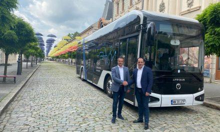 Primul autobuz electric românesc intră în teste pe străzile din municipiul Brăila