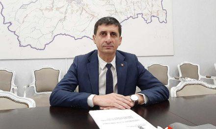 Viceprimarul municipiului Bacău propune o taxă lunară de 7,5 lei pentru un loc de parcare rezidenţial