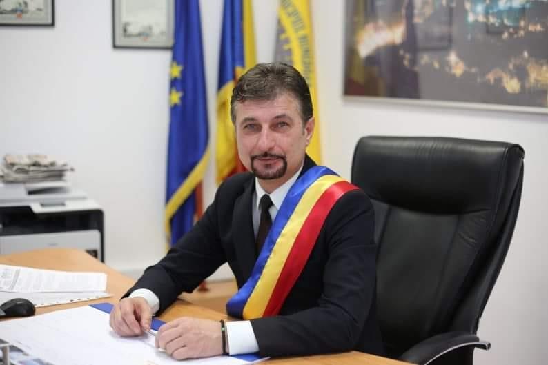 """Hunedoara: Autobuze hibrid, semafoare inteligente şi refacerea unor străzi, în proiectul """"Coridorul de Est"""""""