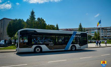 Primul autobuz 100% electric produs în România, testat şi la Făgăraş