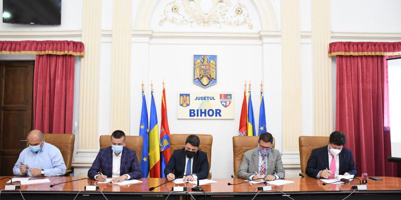 Contractul de execuţie a proiectului tehnic pentru drumul expres Arad-Oradea a fost semnat