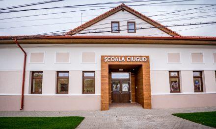 Comuna Ciugud: Program pilot pentru o alimentație sănătoasă prin stimularea consumului de nuci, lansat la Școala Gimnazială Ciugud
