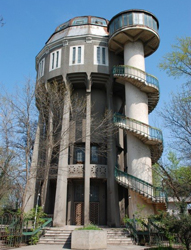A fost semnat contractul de finanţare pentru reabilitarea cu fonduri europene a Castelului de Apă din Brăila