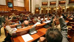 Deputaţii au votat prelungirea mandatelor aleşilor locali până la 1 noiembrie  2020