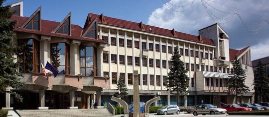 Peste 52 % din bugetul judeţului Bistriţa-Năsăud va fi alocat investiţiilor