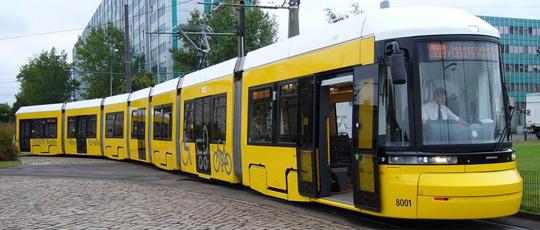 Municipiul Ploieşti va avea 20 de tramvaie achiziţionate cu bani europeni